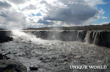 Исландский водопад Селфосс