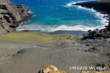 Необыкновенный зеленый пляж Папаколеа