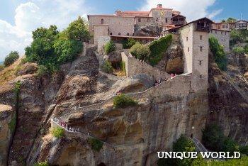 «Метеоры» - монастырский комплекс в Греции