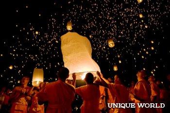 Огненный фестиваль воздушных шаров в Мьянме