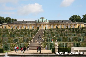 Сан-Суси - дворец и парк в Германии
